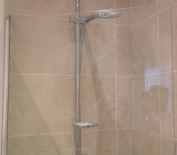 Hans Grohe shower and riser rail.